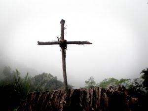 752256_the_wooden_cross.jpg