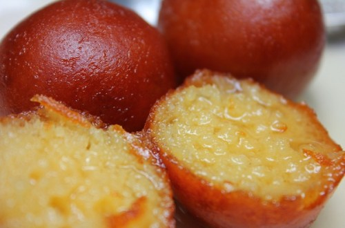 How to Make Gulab Jamuns at home