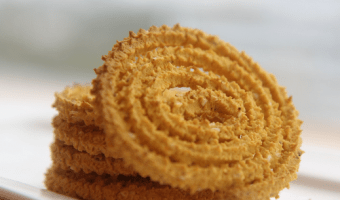 15 Different Types Of Chaklis For This Diwali
