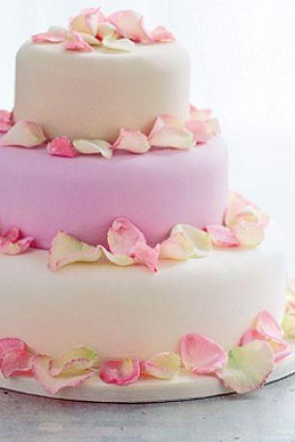 11 Incredible Wedding Cakes