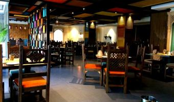 Have Mouthwatering Punjabi Food At Indus Restaurant – Lucknow