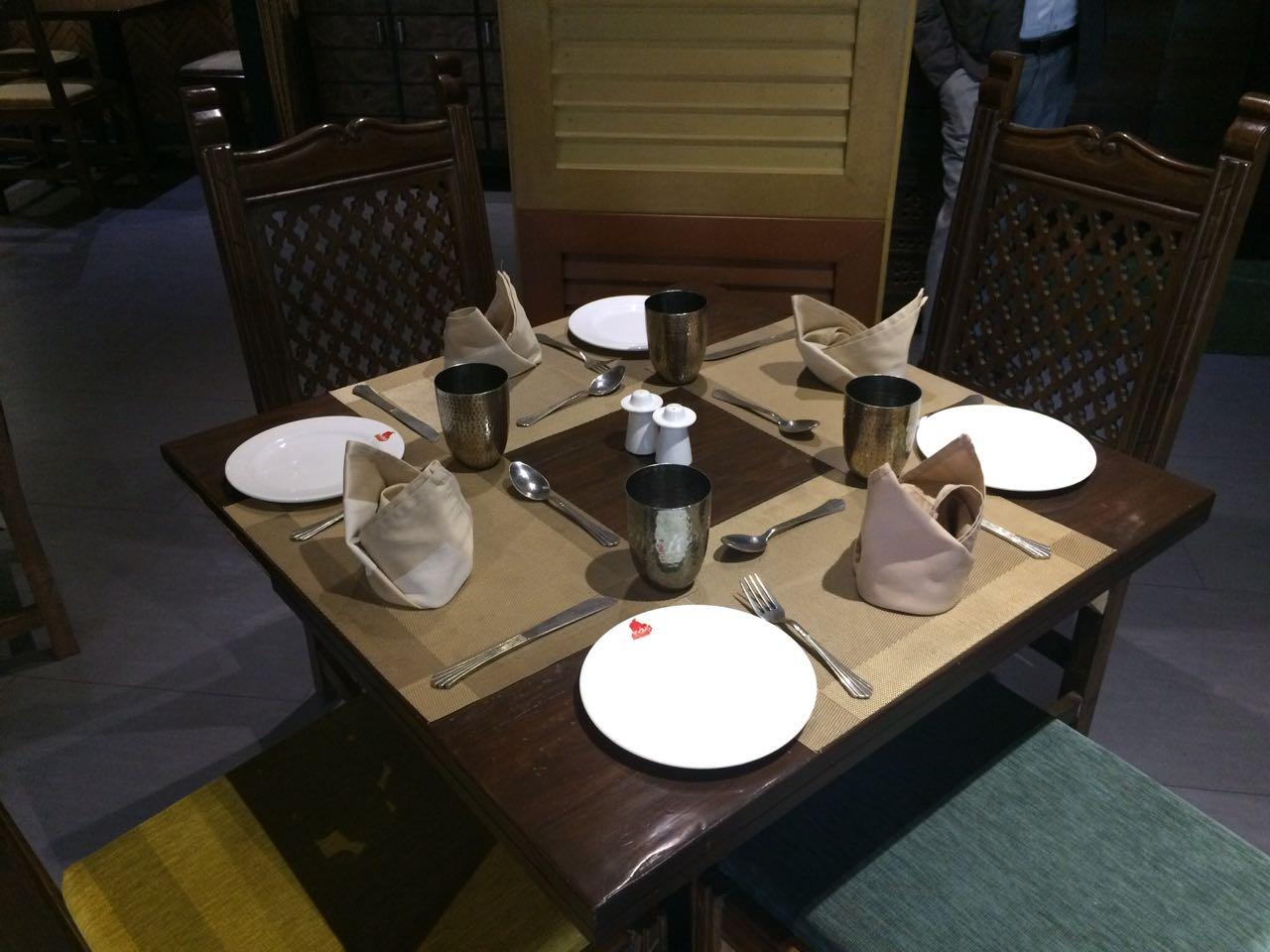 indus-restaurant-lucknow