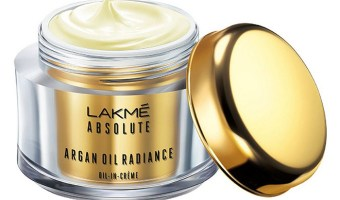 Lakme Absolute Argan Oil Radiance Oil-in-Creme SPF 30 PA++