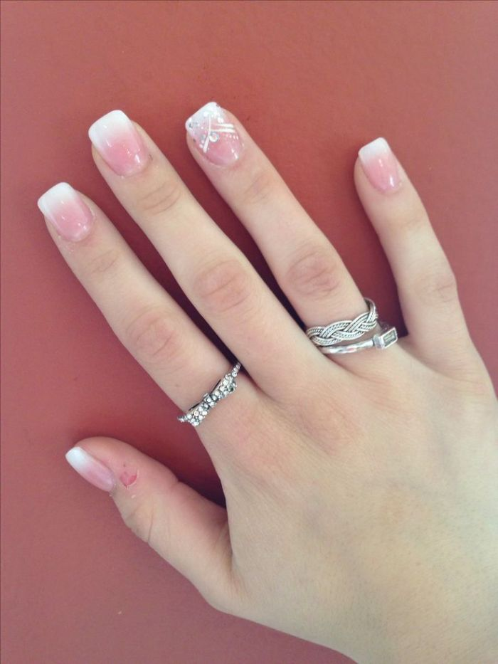 Best Shades for a New Year's Eve Manicure