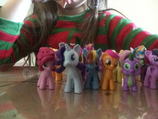 playing ponies