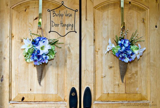 Burlap Vase Door Hanging