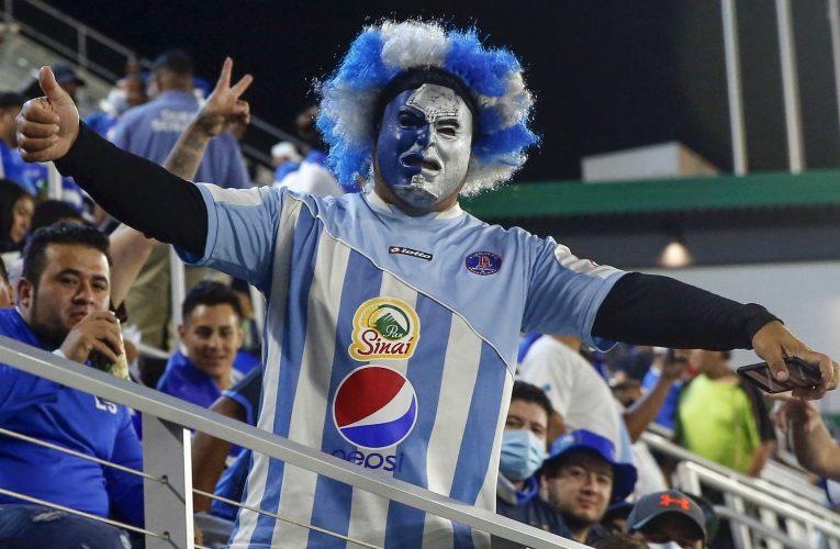 PHOTOS: International Friendly: Guatemala vs El Salvador