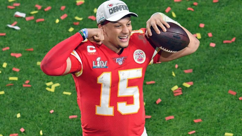 patrick-mahomes-chiefs-celebration.jpg