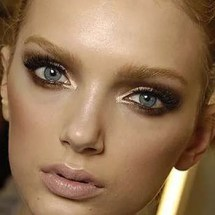 make-up-oro