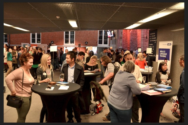 This is a picture of the speed dating at the expat event gent