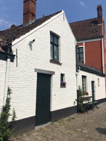 Oud Begijnhof Sint-Elisabeth © Dena Mehalakes