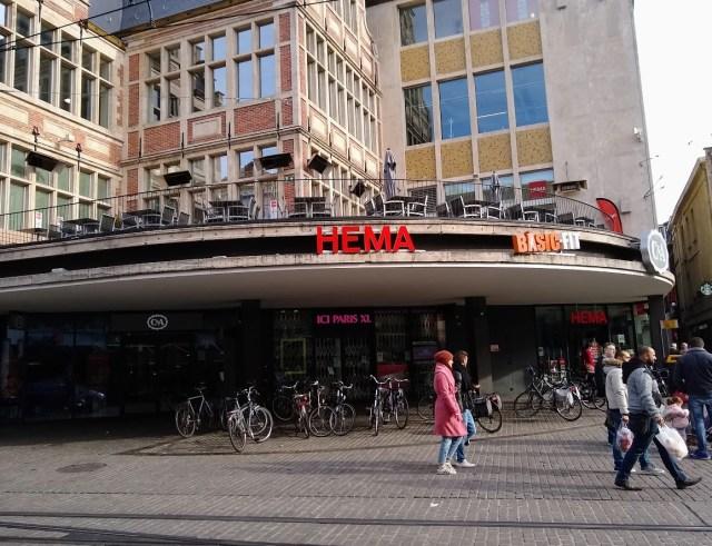 Image of Hema's breakfast cafe at Korenmarkt in Gent