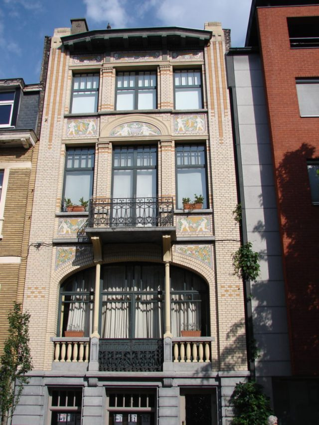 Another of the art nouveau buildings in Ghent