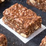 Healthy Chocolate Puffed Quinoa Crunch Bars