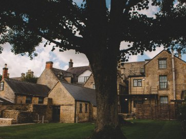 Stag-Lodge-Stow--BOUTIQUE-ACCOMMODATION-rooms-7