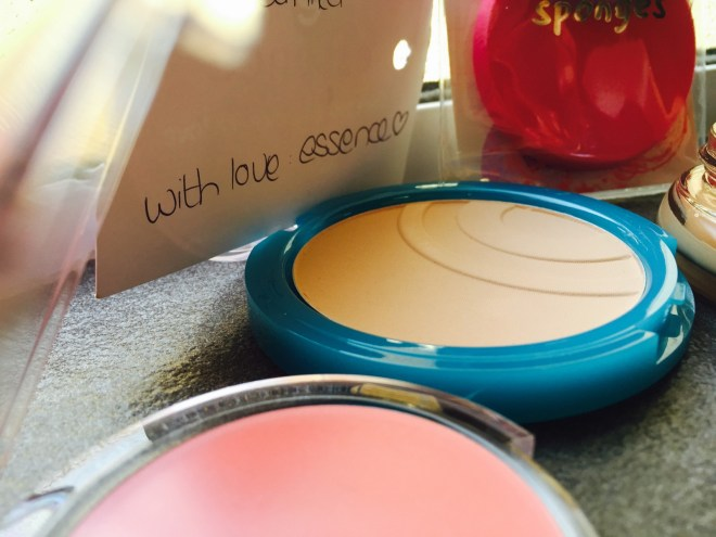 Essence MakeUp Review Bloggers Cape Town Tamika Doubell South African Websites