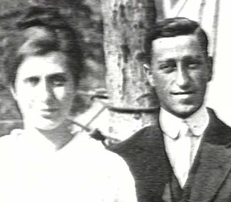 Aimee Semple McPherson married her second husband, an accountant named Harold Stewart McPherson but struggled to settle into life as a housewife in Providence, Rhode Island. In 1915, she pursued her calling to preach and took her two children on the road. McPherson filed for divorce in 1921, citing abandonment