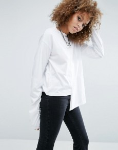 asos tshirt pull blanc asymétrique manches longues