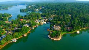 Hot Springs Vacation Rentals