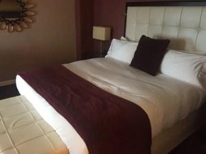 King Bed at Intercontinental Montreal