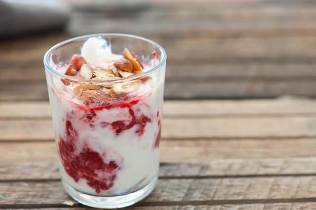 Quick-Raspberry-Yoghurt-Mousse-Recipe