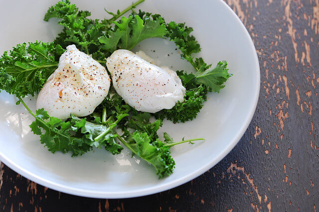 Simple Foolproof Poached Eggs2