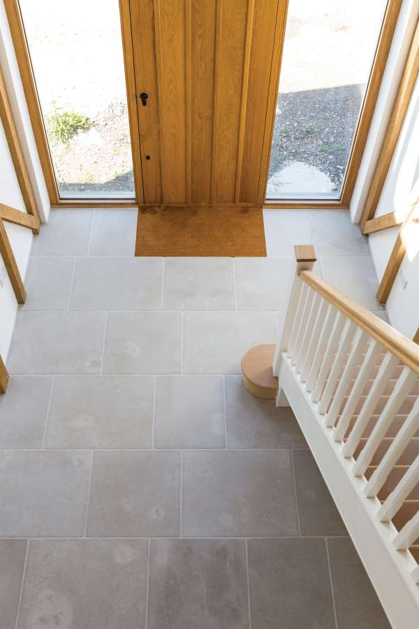 Eiffel Limestone Tumbled Finish reception room