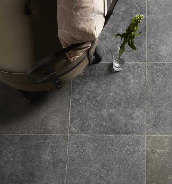 Zuber Limestone Tumbled Finish dark grey tiles