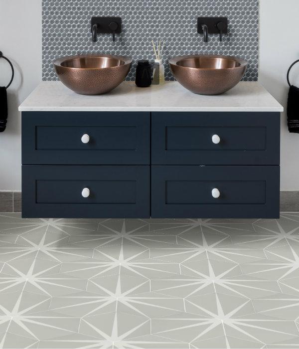 Lily Pad Porcelain Bathroom Floor in grey Cloud
