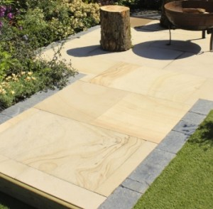 Cedar natural sandstone patio slabs