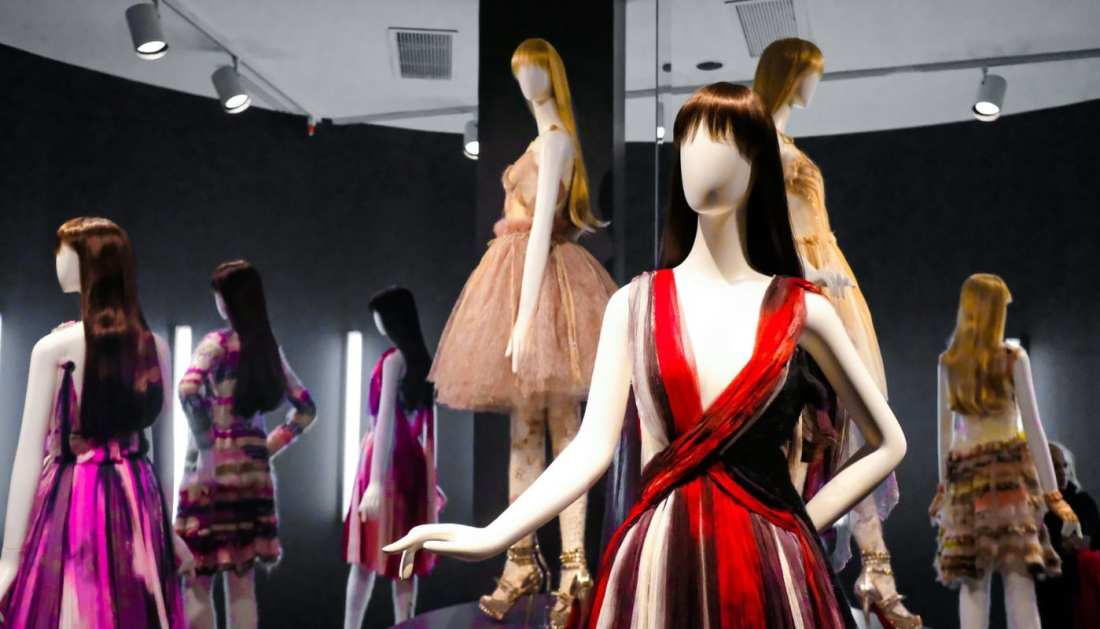 The-Storied-Life-Rodarte-4-Must-See-Fashion-Exhibits-On-The-East-Coast-Image-7