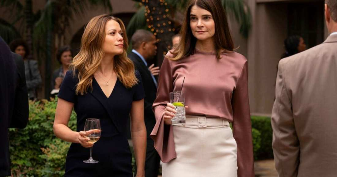 Image of character Keri Allen played by actress Bethany Joy Lenz dressed by USA Network's Pearson by Suits Costume Designer Jolie Andreatta