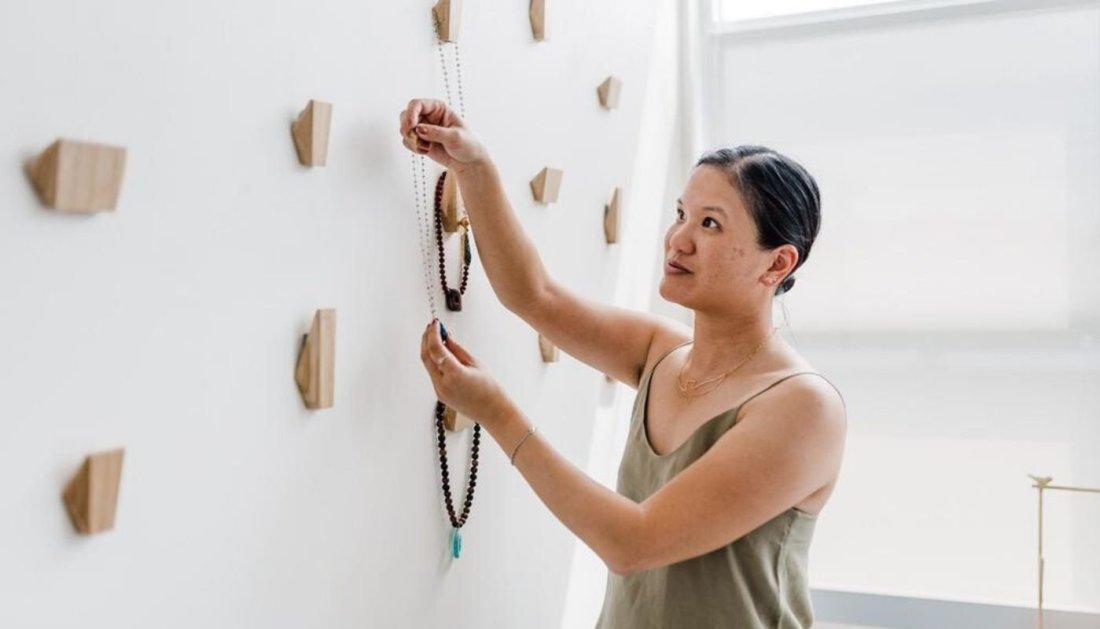 Peggy Li Creations jewelry designer Peggy Li hangs her handmade worn on tvjewelry