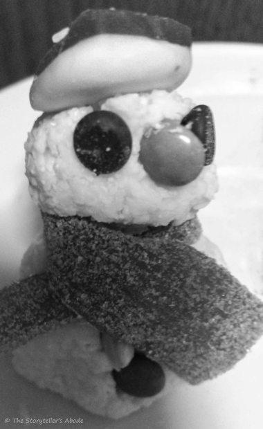 coconut ice snowman bw