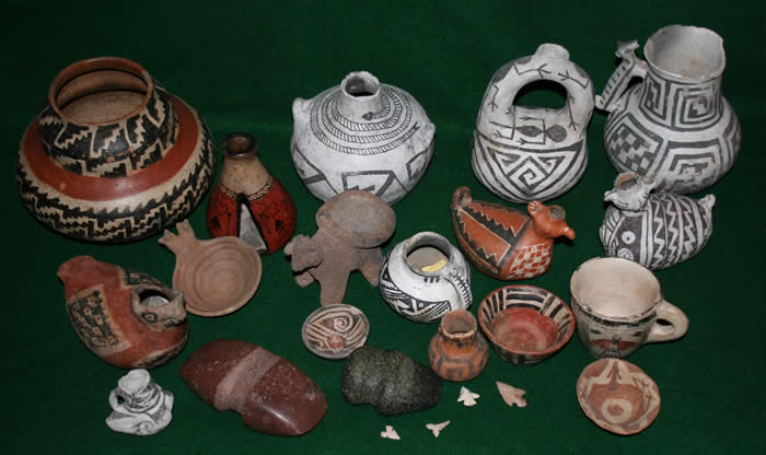Pottery and valuables, similar to the ones the refugees would have carried with them across the desert