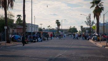 Maricopa county Homeless congregate in Phoenix
