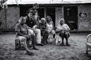 Gerry Georgatos with residents of Broome's shanty, One Mile Community - Photo, Ingetje Tadros