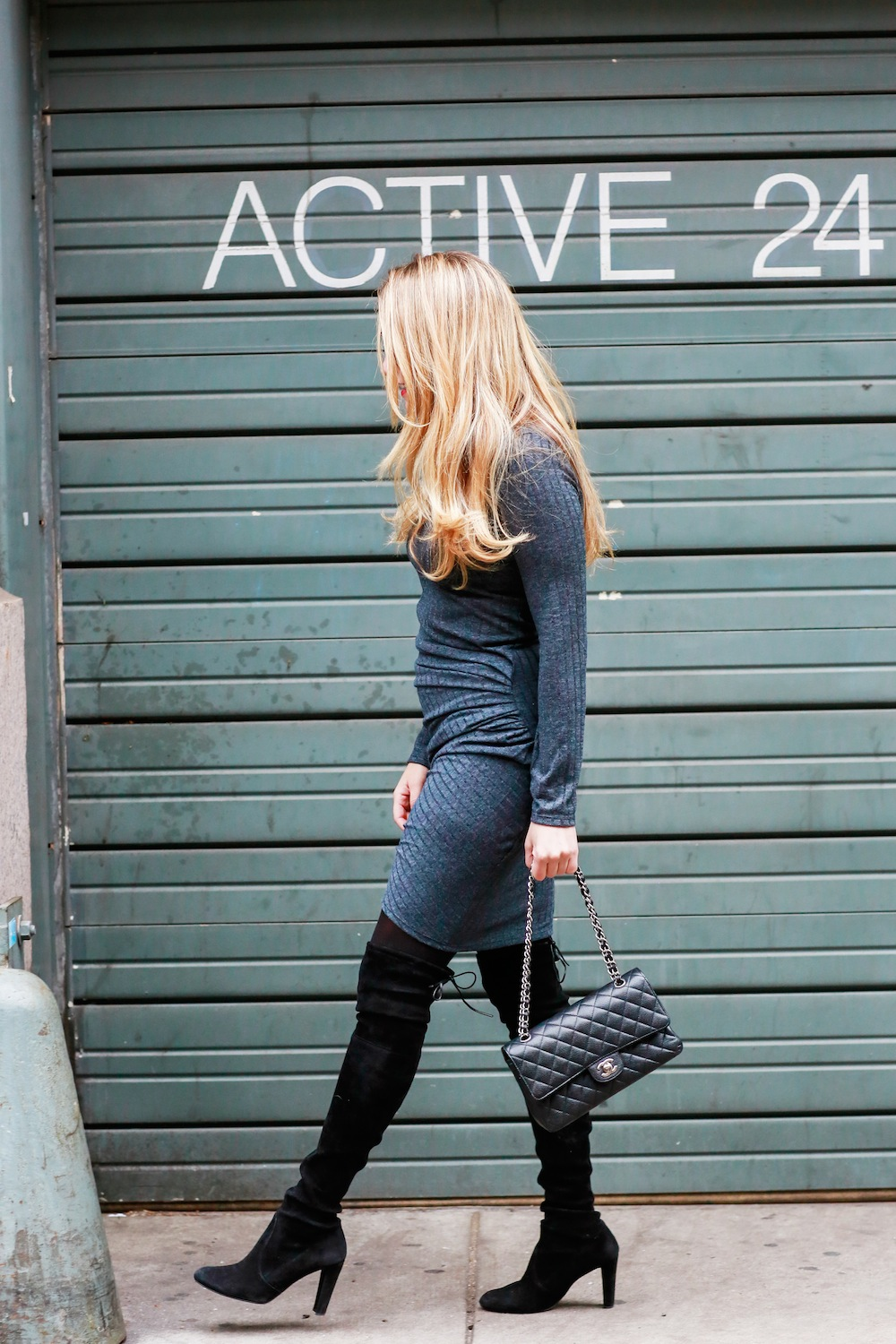 gray jersey dress // stuart weitzman highland boots // chanel 2.55 bag - grace atwood, the stripe