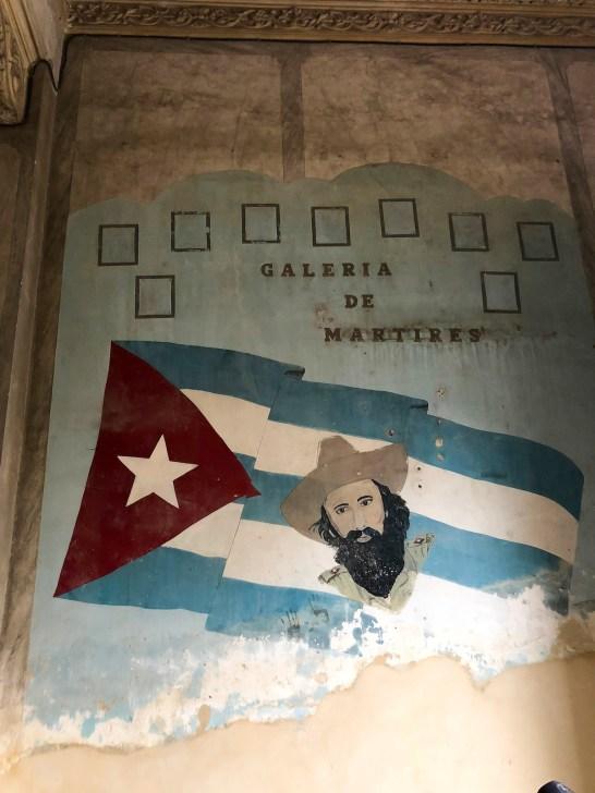 cuba travel guide fidel stairwell 2