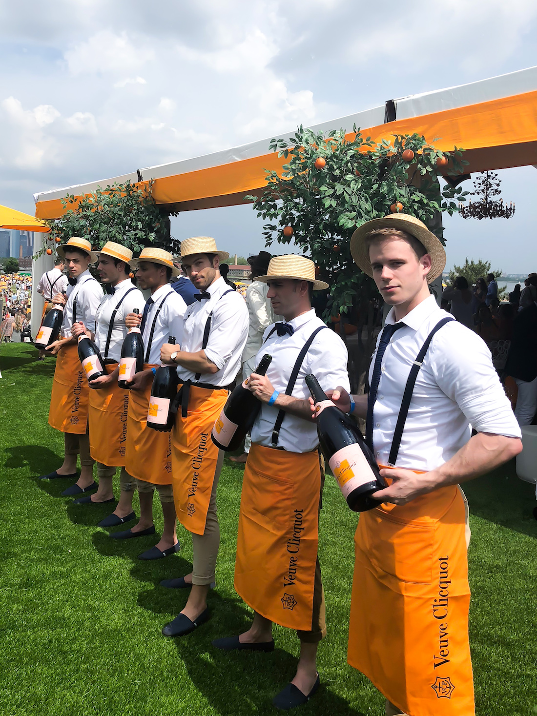 models in the Veuve Clicquot Polo Classic 2018 - The Stripe