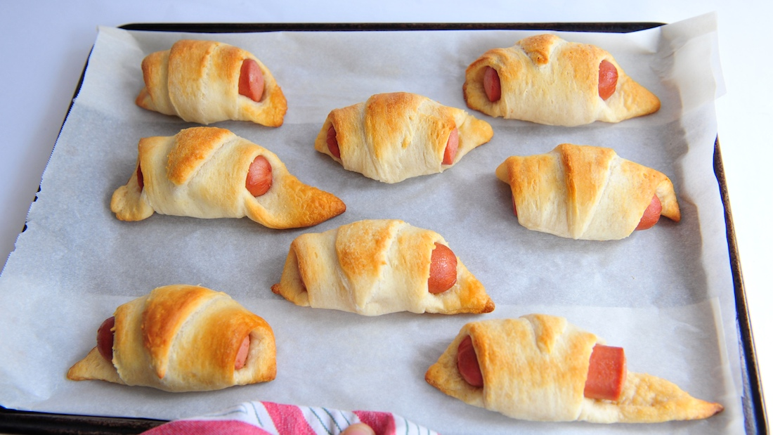the best make ahead appetizers   how to make pigs in blankets