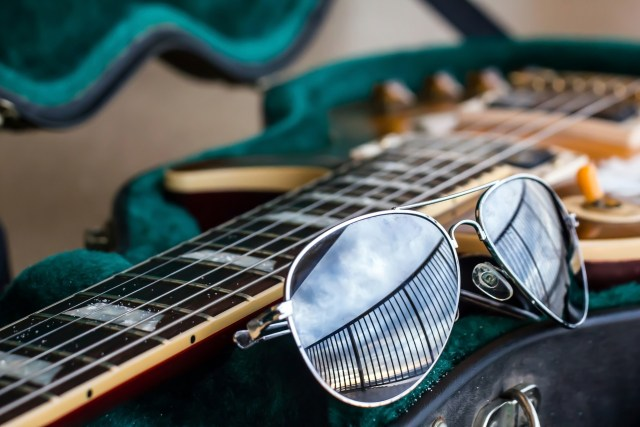 guitar-travel-music.jpg