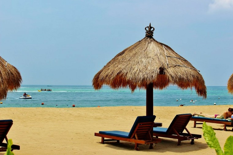 Bali-nusa-dua-beach-Indonesia
