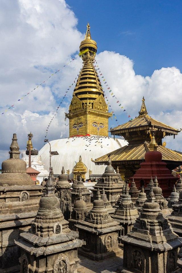 1024px-Swayambhunath_Stupa_-Kathmandu_Nepal-0336
