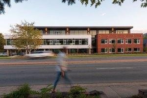 STUDIO-Architecture-1650-Canyon-North-Streetview