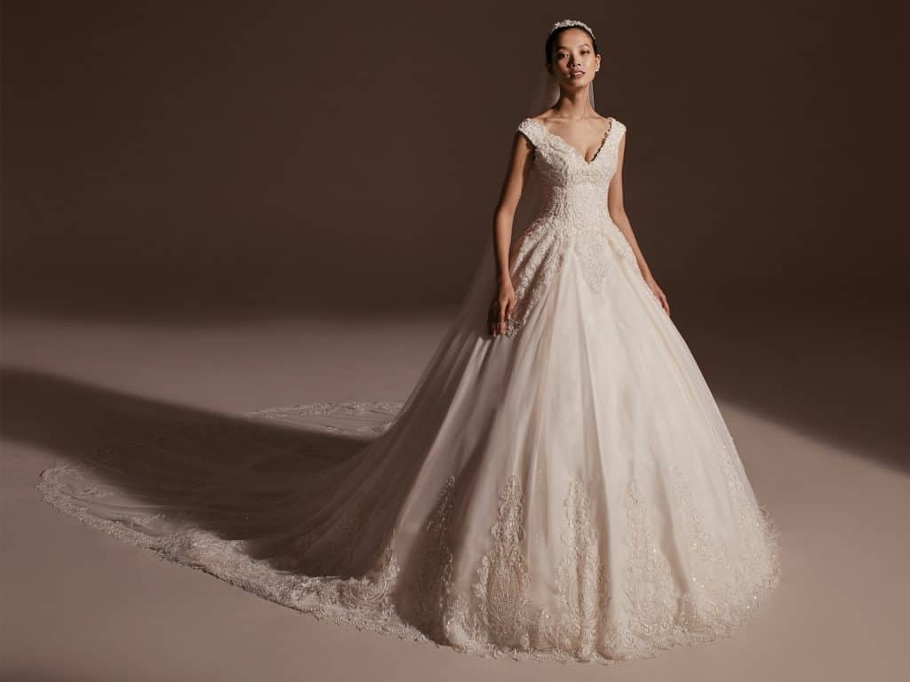 Wedding & Formal Gown Series: Pronovias' New Privée