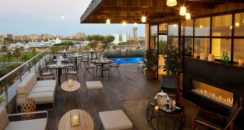 Boutique hotel 5 stelle a Barcellona - Hotel The Serras Barcelona entrance - thestylelovers.com