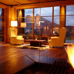 Dolomiti Val Gardena - Adler Mountain Lodge hall - TheStyleLovers