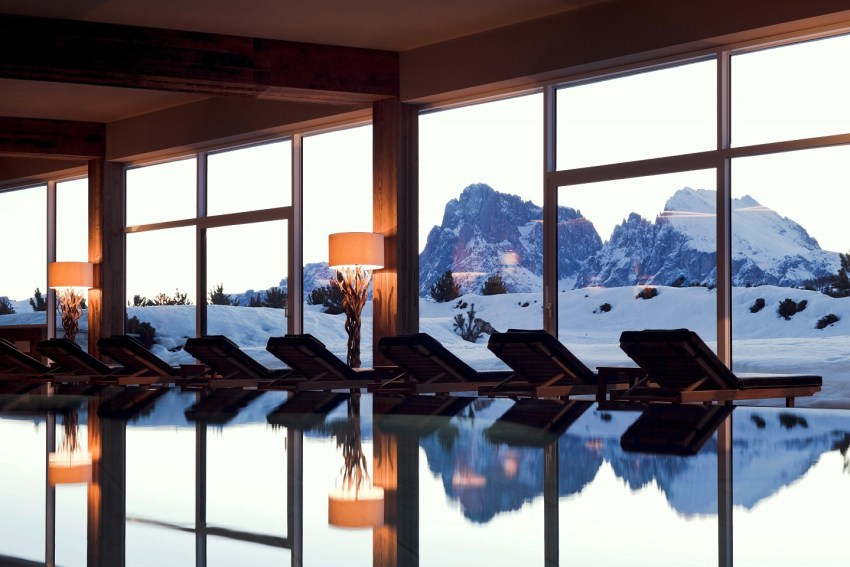 Dolomiti Val Gardena - AlpinaDolomites spa piscina - TheStyleLovers