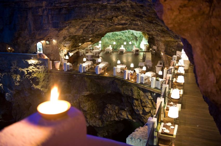 Grotta Palazzese. One of the most romantic restaurants in the world - thestylelovers.com
